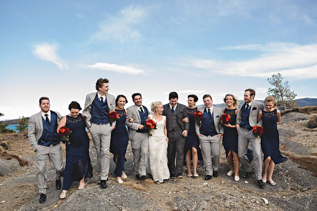 mặc gì đi đám cưới